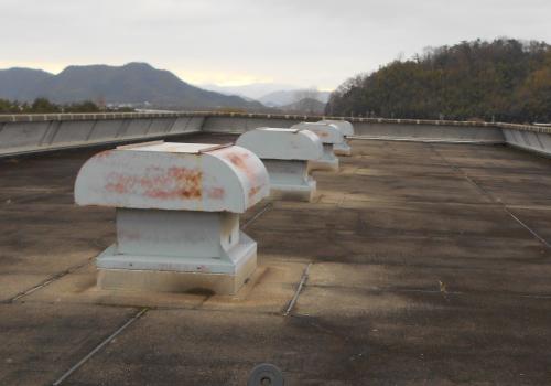 屋上防水改修及び太陽光パネル設置工事